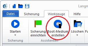 Mit Langmeier Backup können Sie ein zuvor gesichertes komplettes Windows-Betriebssystem mit allen Programmen und Einstellungen wiederherstellen. Sie brauchen dazu ein Boot-Medium, das Sie in Langmeier Backup erstellen können. Hier zeigen wir, wie's geht.